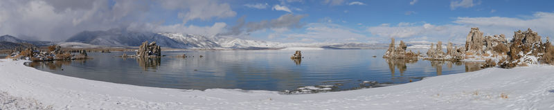 Mono Lake panorama in snow